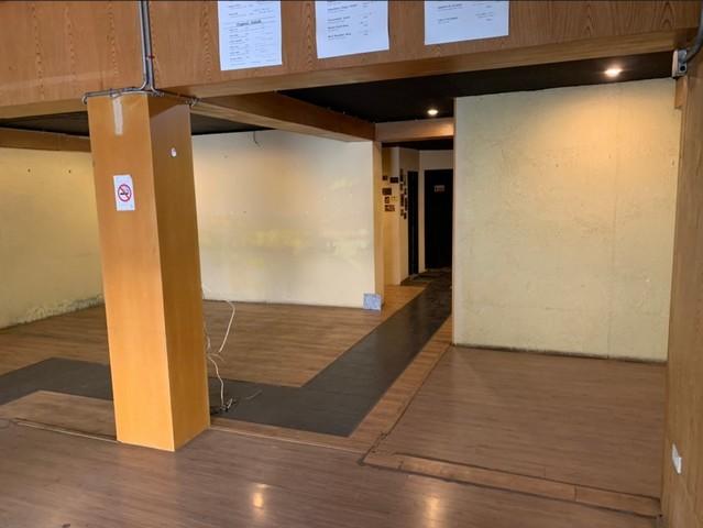 เช่าตึกแถว อาคารพาณิชย์นานา : ให้เช่าอาคารพาณิชย์2คูหาย่านทองหล่อ ใกล้BTSทองหล่อ พื้นที่ใช้สอย 972 ตรม.
