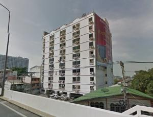 For SaleCondoThaphra, Wutthakat : Urgent !! Outstanding location, great price Cheaper than an estimate of 9 hundred thousand. Ratchada - Thapra Condo (Ratchada Thapra Condominium) Studio room 33 sq m, 7th floor, good condition, fully furnished, built-in appliances. Stay yourself, take goo