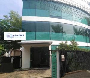 For RentHome OfficeYothinpattana,CDC : #Seerentsale Office for rent, located on the road along the road along the Ramindra-Ekamai Expressway, Town in Town, with private parking for 6-8 cars, very good price, can accommodate up to 50 employees.