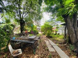 For SaleLandOnnut, Udomsuk : Land for sale 320 sq.wah Sukhumvit 101 (Punnawithi) in the residential area
