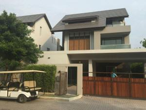 For SaleHouseYothinpattana,CDC : Urgent sale !! Prices are lower than the market about 7 million baht. Private Nirvana residence 3-storey detached house along the express Ramindra.