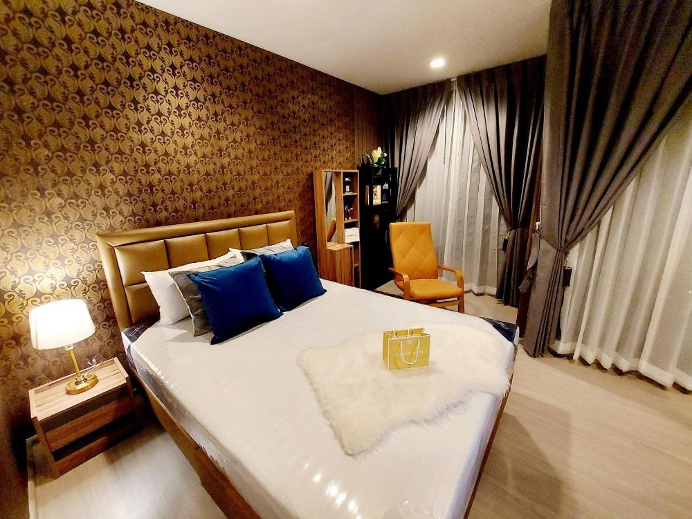 เช่าคอนโดพระราม 9 เพชรบุรีตัดใหม่ : ให้เช่า คอนโด ไลฟ์ อโศก พระราม 9 (Condo Life Asoke - Rama 9) - ห้อง สตูดิโอ 1 ห้องน้ำ
