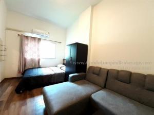 For RentCondoLadkrabang, Suwannaphum Airport : Lumpini Condo Town Romklao-Suvarnabhumi Number of bedrooms Studio Total area 21.54 Floor 1 Rental price (baht / month) 5,000 ฿