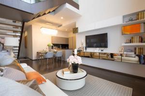 เช่าคอนโดสุขุมวิท อโศก ทองหล่อ : Duplex The XXXIX for rent