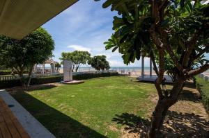 ขายบ้านชะอำ เพชรบุรี : บ้านพร้อมที่ดิน ริมทะเล หาดสวย
