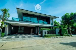 For SaleHousePattanakan, Srinakarin : Baan Setthasiri Krungthep Kreetha, a luxury house decorated with 4 bedrooms, size 93 sq.wa., price 33.9 million baht.