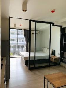 For RentCondoWitthayu,Ploenchit  ,Langsuan : Condo for rent, Maestro 02, Soi Ruamrudee 2, near BTS Ploenchit There is a free shuttle bus to the station.