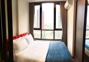 For RentCondoOnnut, Udomsuk : 🎉 Condo for rent The Line Sukhumvit 71 [The Line Sukhumvit 71] very beautiful room, good price, good view, convenient transportation A few minutes from the sky train Fully furnished Ready to move in immediately Make an appointment to see the room.