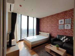 For RentCondoSukhumvit, Asoke, Thonglor : For Rent Park 24 600 M. From BTS Phrom Phong Station