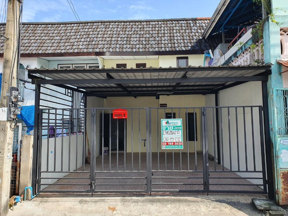 For SaleTownhouseVipawadee, Don Mueang, Lak Si : Townhouse for sale, Sirisuk Village, Don Mueang, Soi Chang Akat Uthit 27.