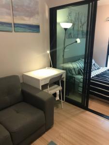 For RentCondoChengwatana, Muangthong : For rent, Plum Condo Chaengwattana Station 3, 6th floor, AOL-2012003122.