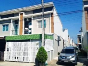 For SaleTownhouseSamrong, Samut Prakan : Quick sale, 2-storey townhome behind the corner of Pleno, Srinakarin.