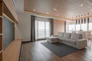 For RentCondoRathburana, Suksawat : Condo for rent, a luxury condo along the Ivy River, Ratburana, high floor, river view 💯