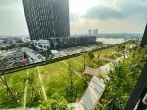For RentCondoRattanathibet, Sanambinna : Condo for rent, politan aqua, along the Chao Phraya River, river garden view, cheap room (New project just finished)