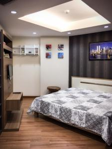 For SaleCondoChiang Mai : Mountain View Condo 47 Sqm 3rd floor Rent 12,000 Baht Sale 2.3 MB