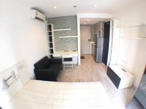 For RentCondoWongwianyai, Charoennakor : Studio room size 21.18 sqm., 10th floor, fully furnished