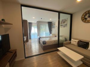 For RentCondoRangsit, Patumtani : Fully furnished room ready for rent with Kave Town Space Condo, a condo with a central area Most in this area