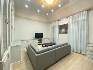 For RentTownhouseRama3 (Riverside),Satupadit : Rent townhome projects. Baan Klang Krung Grand Vienna Rama 3 AOL-F65-2012003143