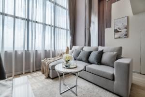For RentCondoSathorn, Narathiwat : [RENT] Knightsbridge Prime Sathorn - Luxury Design.