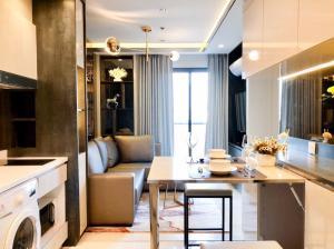For RentCondoWitthayu,Ploenchit  ,Langsuan : ** For rent, Life One Wireless, 2 bedrooms, 1 bath, size 45 sq m, beautiful room, near BTS Ploenchit **