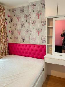 For RentCondoChengwatana, Muangthong : 6761 Condo for rent, Lumpini, Pak Kret, 5 separate rooms, beautiful room, fully built-in furniture.