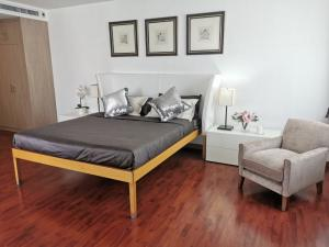 For RentCondoSukhumvit, Asoke, Thonglor : Condo for rent  Las Colinas   fully furnished (Confirm again when visit).