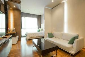 For RentCondoRatchadapisek, Huaikwang, Suttisan : For rent, Ivy Ampio 35sqm, discounted from 20,000 baht to 15,000 baht, call 0859011099