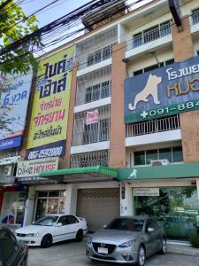 For RentShophouseNakhon Pathom, Phutthamonthon, Salaya : 4-storey commercial building for rent on Phutthamonthon Sai 4 Road, Nakhon Pathom