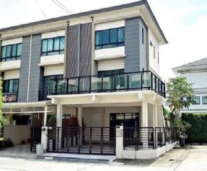 For RentTownhousePattanakan, Srinakarin : 3 storey townhome for rent, behind the corner, The Connect Up 3, Soi Chalerm Prakiat 9, Soi 67, Air 4, complete furniture, company registration