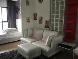 For RentCondoWongwianyai, Charoennakor : Condo for rent, Urbano Absolute Sathorn-Taksin, Floor 26, Re63-0166