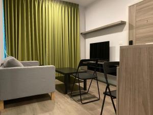 For RentCondoBangna, Lasalle, Bearing : Condo for rent, Notting Hill, Sukhumvit 105, 5th floor, AOL-P75-2012003155.