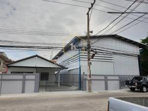 For RentWarehouseRangsit, Patumtani : Warehouse + office for rent 448 sq m. Lam Luk Ka, Pathum Thani, near Cheer Rangsit Department Store