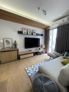 For RentCondoSiam Paragon ,Chulalongkorn,Samyan : New 2-bedroom condo in Sam Yan Mitr Town mall / next to Chula / next to Sam Yan MRT.