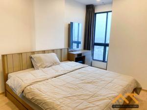 เช่าคอนโดท่าพระ ตลาดพลู : ** ให้เช่า Ideo Sathorn - Thapra 1นอน ขนาด 30 ตร.ม. ห้องสวย fully furnished. **