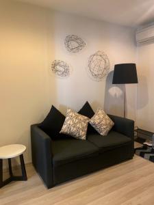 For SaleCondoRatchadapisek, Huaikwang, Suttisan : Sales room/ Centric Huai Khwang/ MRT Huai Khwang/ New room