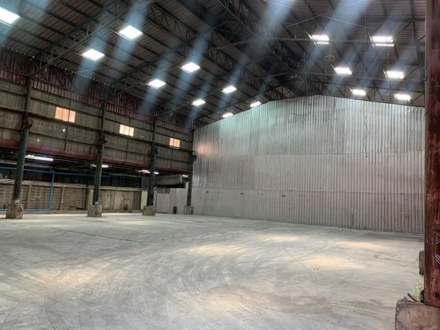 For RentWarehouseRama3 (Riverside),Satupadit : Warehouse for rent in Rama 3 area, Bang Kho Laem area, 600 square meters area