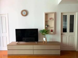 For RentCondoSukhumvit, Asoke, Thonglor : HZ-0002 Condo for rent Siri Residence Sukhumvit soi 24 (Siri Residence Sukhumvit 24) beautiful room, fully furnished, ready to move in.