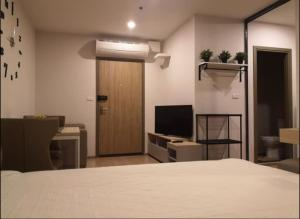 For SaleCondoBangna, Lasalle, Bearing : HJ-0163 Selling Ideo O2 This room is cheap but good. There is a complete set of finished items ready in the room price.