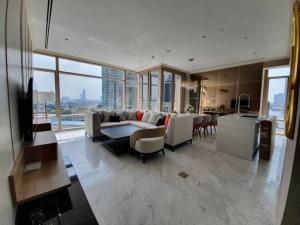 เช่าคอนโดสาทร นราธิวาส : (For rent) Four Seasons Private Residence