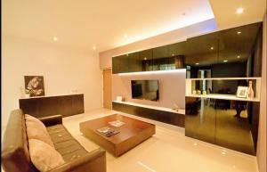 For RentCondoPattanakan, Srinakarin : For rent st.charm condo 76 sqm., Srinakarin