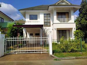 เช่าบ้านเชียงใหม่ : AHD1165 ให้เช่าบ้านเดี่ยว 2 ชั้น บ้านหลังใหญ่ พื้นที่ 70 ตร.ว 3 ห้องนอน 4 ห้องน้ำ พร้อมเฟอร์นิเจอร์บางส่วน