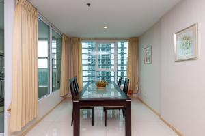For RentCondoSukhumvit, Asoke, Thonglor : Sukhumvit Condo 2 bedrooms Condo near SWU and BTS Sukhumvit Living Town