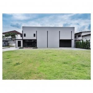 For RentOfficeRama9, RCA, Petchaburi : Office for rent: 570 sq.w., Soi Soonvijai district, Huaykwang district