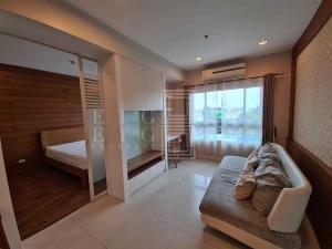 For RentCondoWongwianyai, Charoennakor : For Rent Q. House Sathorn (47 sqm.)