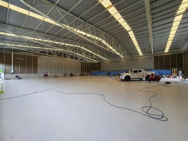 For RentWarehouseRangsit, Patumtani : Warehouse for rent, Sukhaphiban 5 district, Lam Luk Ka, Hathairat Road, Pathum Thani, area 1000 sq m.