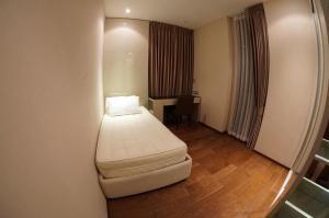 เช่าคอนโดสุขุมวิท อโศก ทองหล่อ : For rent The Address Sukhumvit 28 (300m./4 minutes on foot from BTS Phrom Phong) ให้เช่า ดิ แอดเดรส สุขุมวิท 28 (300 เมตร จาก BTS พร้อมพงษ์)