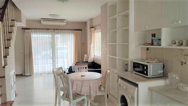 For RentTownhouseKaset Nawamin,Ladplakao : 3-storey townhome for rent, CASA City, Nuanchan 2, Kaset-Nawamin, Khlong Lam Chiak Road, corner house
