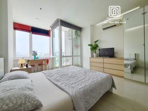 For RentCondoRama9, RCA, Petchaburi : (98)TC Green condominium: Minimum rental 1 month / warranty 1 month / free internet / free cleaning