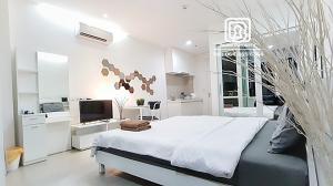 เช่าคอนโดพระราม 9 เพชรบุรีตัดใหม่ RCA : (461)TC Green condominium : เช่าขั้นต่ำ 1 เดือน/วางประกัน 1เดือน/ฟรีเน็ต/ฟรีทำความสะอาด