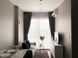 For RentCondoSukhumvit, Asoke, Thonglor : [For rent] C Ekkamai condo🍁10 mins BTS Ekkamai and expressway 🍁High Floor - Fully Furnish 🍁Fresh Market + Big C + Donki